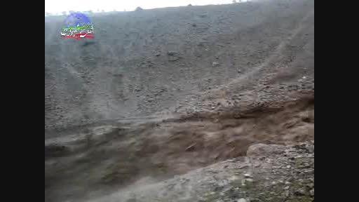 بارش باران در ثلاث باباجانی و جاری شدن سیل در ظلمه سور