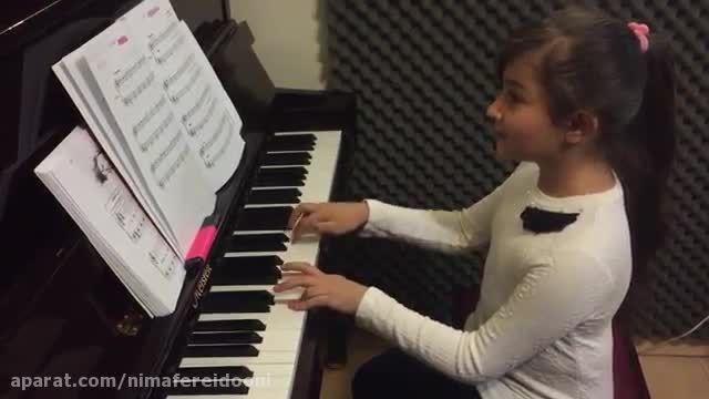 پانیذ هادی،هنرجوی ابتدایی پیانوهامان بریمانی،پاندا،آموز