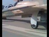 فرود اضطراری جنگنده F5 در دزفول (فرود بدون چرخ دماغه)