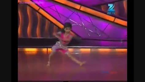 رقص بچه نا بالغ هندی ( پوشش کامل )