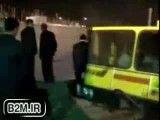 لحظه سقوط جرثقیل ۵۰ تنی در چند سانتی متری شهردار تهران