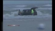 زن باردار با 3 فرزندش به دریا زد.......