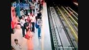 خودکشی فجیع در مترو