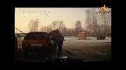 اقدام عجیب یه راننده در پمپ بنزین:D