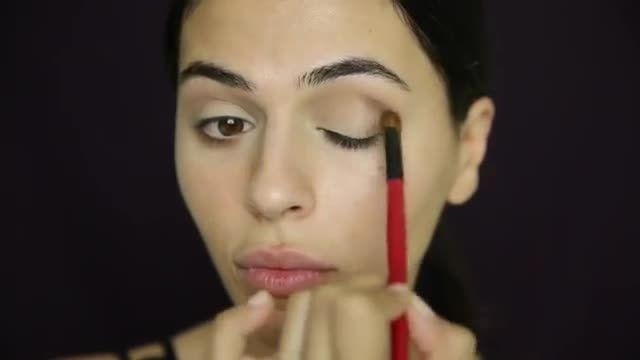 آموزش آرایش لب تیره ی پاییزی