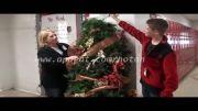 ترساندن  با درخت کریسمس!!