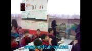 هشدار دانش آموزان به یکدیگر برای نخوردن خوراکی های غیر مفید