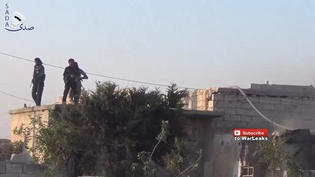انتحاری داعش زیر پای نیروهای ارتش آزاد