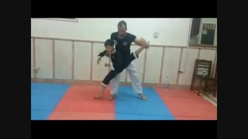 انعطاف بدنی پسر 8 ساله ایرانی(فوق العاده جالب)