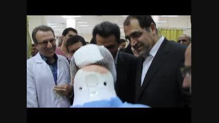 عکس سلفی بیمار با وزیر بهداشت