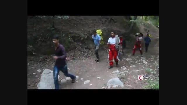 تلاش نجاتگران غواص هلال احمر برای یافتن قریق آبشار لوه