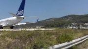 فرود چند هواپیما در فرودگاه اسکیاتوس یونان