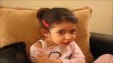 ABC خوانی دخترک دو سال و یازده ماهه