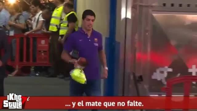 خروج بازیکنان بارسلونا پس از قهرمانی از ورزشگاه