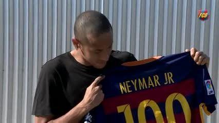 مراسم صدمین بازی نیمار برای بارسلونا - امروز آنلاین