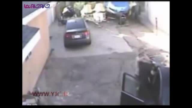 مردی که سارق را رها نکرد تا پلیس رسید