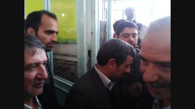 مراسم ترحیم مادر دکتر احمدی نژاد در قم 1