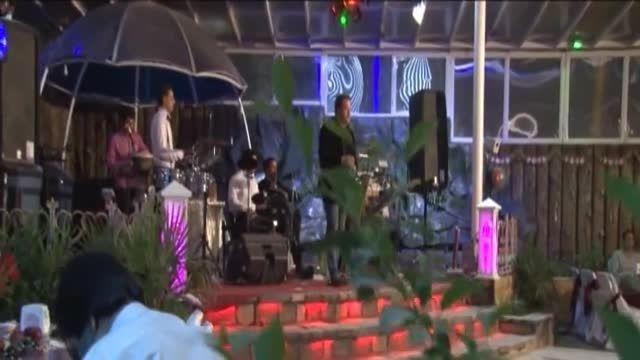 اجرای موزیک زنده اسپانیایی توسط اعجوبه صدای ایران آرین