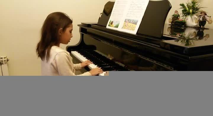 شاپرک از آوای پیانو-یگانه مصدق