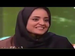آزاده نامداری و بی احترامی حسنی مجری لوس تلویزیون......