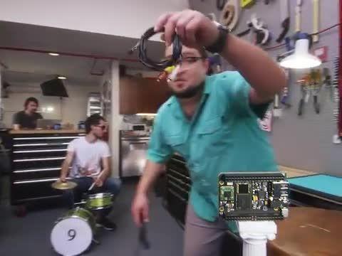 CHIP ارزان ترین رایانه دنیا فقط با 9 دلار!!