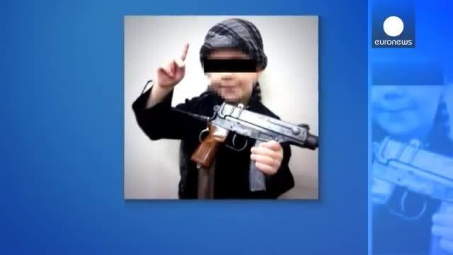 بریدن سر توسط یک کودک داعشی