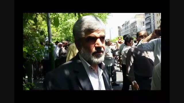 نظر حاج رحیم احمدی روشن راجع به مذاکرات زیر شبح تهدید
