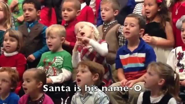 اجرای متفاوت کودک ۵ ساله یک پدر و مادر ناشنوا !