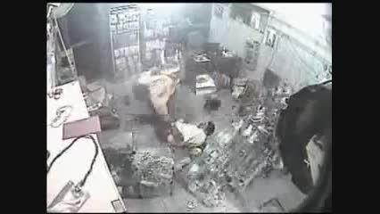 سرقت مسلحانه + قتل مالک و کارمند داروخانه