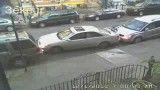به زور پارک کردن ماشین...