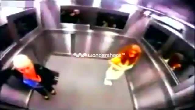 طنز:فیلم ترسناک ترین آسانسور:ترسناک