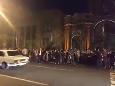 ای ایران ای مرز پر گهر روبروی وزارت امور خارجه