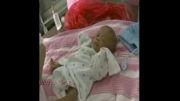 نوزاد با وزن کمتر از یک کیلو