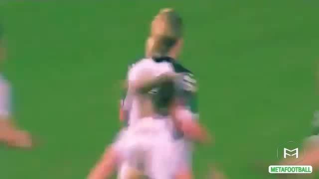 ضربه کاشته بسیار زیبا از فوتبال دختران (انگلیس)