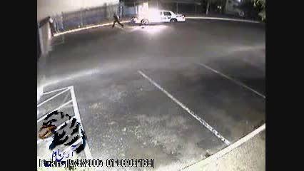 دزد ماشین پلیس را راحت دزدید