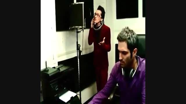 مرتضی پاشایی و میلاد ترابی در حال ضبط آهنگ نبض احساس