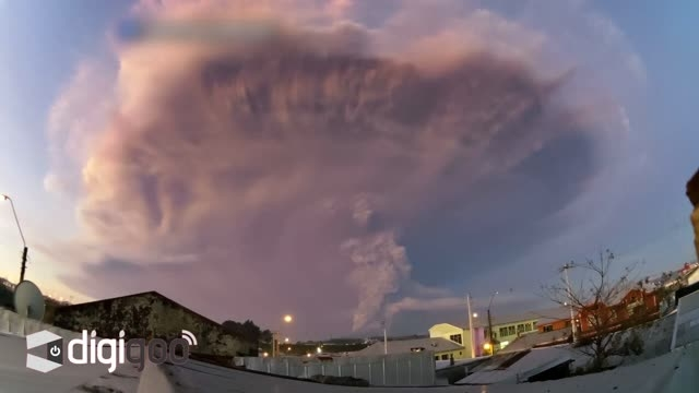 شکار لحظه به لحظه ی فوران آتشفشان در کشور شیلی
