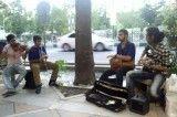 موزیک زنده در خیابان ولیعصر