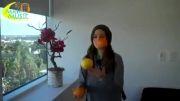 هنرنمایی دختر جوان با میوه