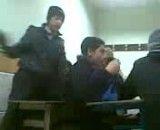 پس گردنی سر کلاس!!
