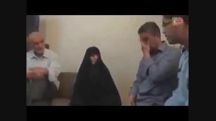 فیلم لحظه زیبای اعلام خبر شناسایی شهید به مادرش