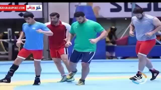 آخرین تمرین تیم ملی کشتی برای حضور در جام جهانی آمریکا