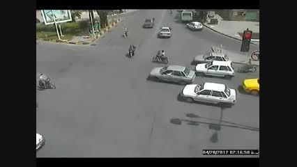 ویدیویی از تصادفات رانندگی درون شهری در یزد