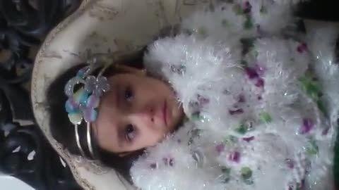 گریه کردن بچه به خاطر مرتضی پاشایی