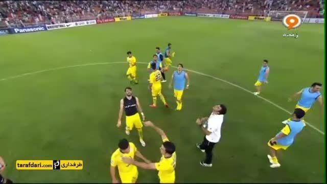 جشن صعود بازیکنان نفت ایران به جمع 8 تیم برتر آسیا