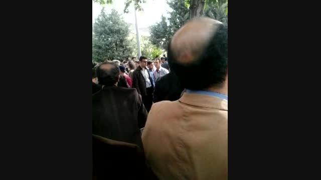 اعتراض فرهنگیان به بی عدالتی حقوق( استان قزوین)