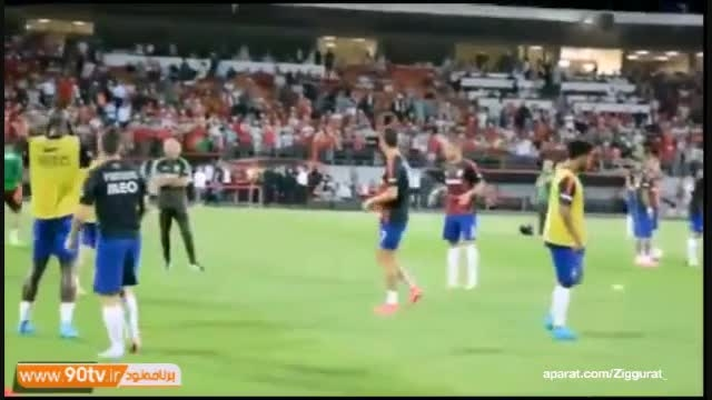 واکنش رونالدو به تشویق مسی (پرتغال - آلبانی )