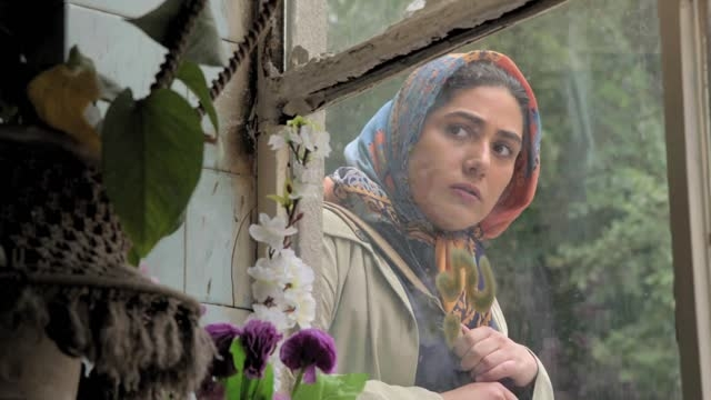 بازی زیبای باران کوثری در سریال دندون طلا