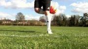 آموزش فوتبال | بلند کردن باحال توپ از روی زمین