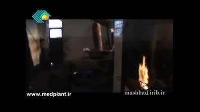 روغن کشی سنتی از ارده کنجد(organickhanegi.ir)